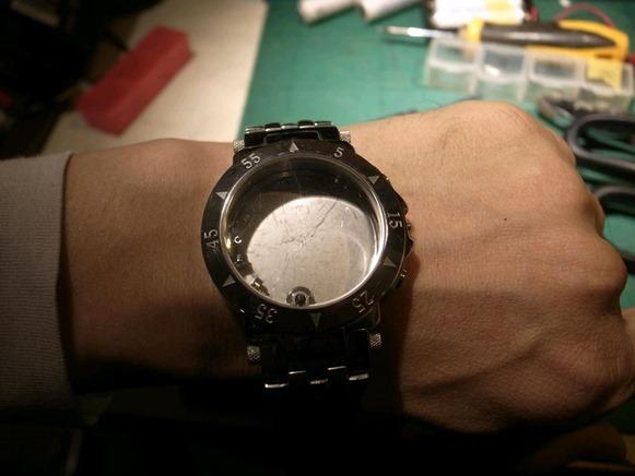 腕時計型ケース